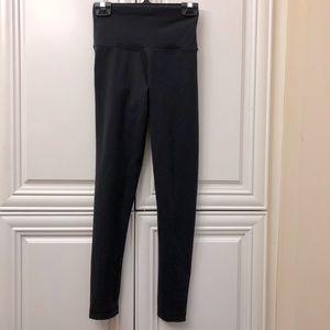 Aritzia TNA black leggings